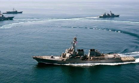 Tàu Trung Quốc nói gì với tàu Mỹ trong đợt tuần tra biển Đông - ảnh 2