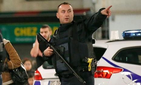 Tổng hợp diễn biến chính vụ vây ráp chủ mưu tấn công Paris - ảnh 3