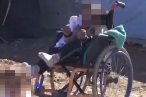 IS ra chính sách tàn độc, 'thanh lọc' trẻ em khuyết tật - ảnh 1
