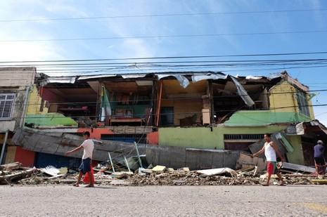 Chín người thiệt mạng, năm người mất tích trong siêu bão Melor - ảnh 5
