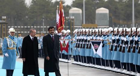 Thổ Nhĩ Kỳ tính đóng hàng ngàn quân tại doanh trại mới ở Qatar - ảnh 1