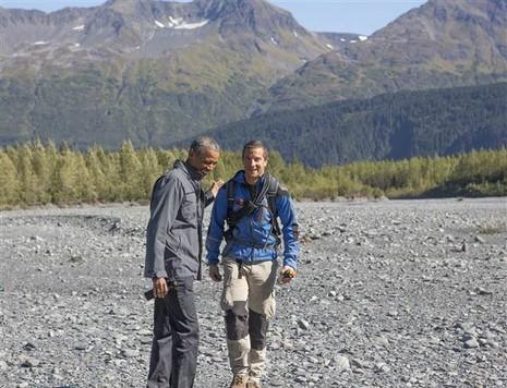 Tham gia truyền hình thực tế, Tổng thống Obama từ chối uống nước tiểu - ảnh 2