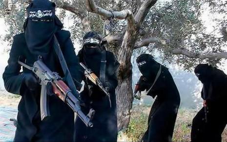 IS giết bà mẹ trẻ vì cho con bú dưới gốc cây - ảnh 1