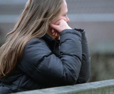 Thiếu nữ Anh bị '110 người cưỡng hiếp trong 22 giờ' - ảnh 1