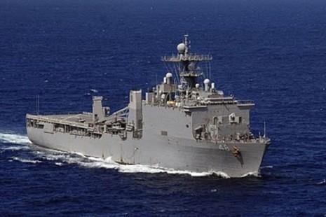 Tàu đổ bộ Mỹ tuần tra biển Đông - ảnh 1