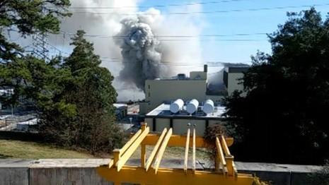 Mỹ: Đóng cửa nhà máy hạt nhân do hỏa hoạn - ảnh 2