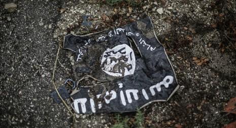 IS dùng vũ khí hóa học tấn công thị trấn ở Iraq - ảnh 1
