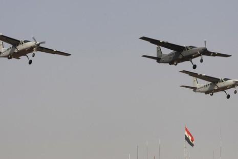 IS tuyên bố bắn rơi máy bay Iraq - ảnh 2