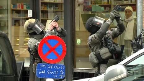 Nghi phạm chính vụ khủng bố Paris bị bắt  - ảnh 3