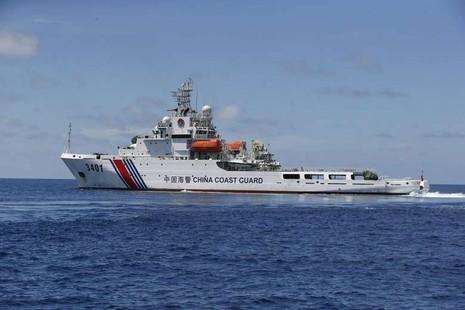 Nội bộ Malaysia lủng củng vì tàu Trung Quốc - ảnh 1