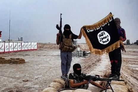 Syria cáo buộc IS dùng khí mù tạt tấn công binh lính - ảnh 1