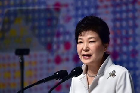 Triều Tiên gọi tổng thống Hàn Quốc là 'người phụ nữ xấu xa' - ảnh 1
