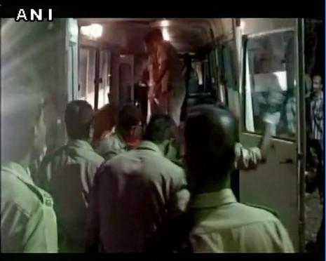 Cháy lớn tại đền thờ Ấn Độ: Ít nhất 77 người thiệt mạng - ảnh 5