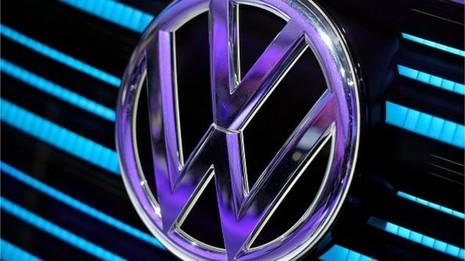 Volkswagen có thể mua lại hơn nửa triệu xe hơi 'lỗi' tại Mỹ - ảnh 1