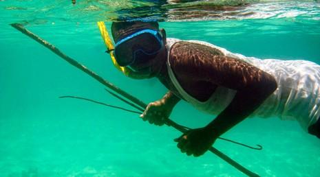 thợ săn dưới nước ở Nga