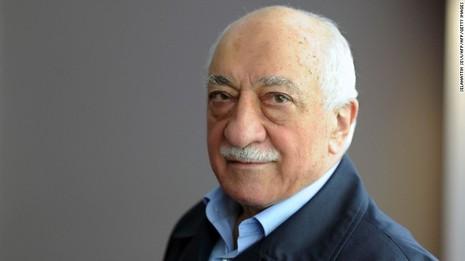 giáo sĩ Fethullah Gulen