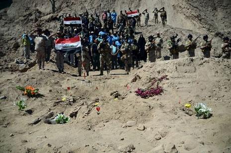 Is thảm sát 1.700 binh sĩ Iraq