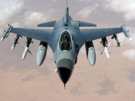 Mỹ không kích Syria làm chết 62 binh sĩ, LHQ họp khẩn - ảnh 1