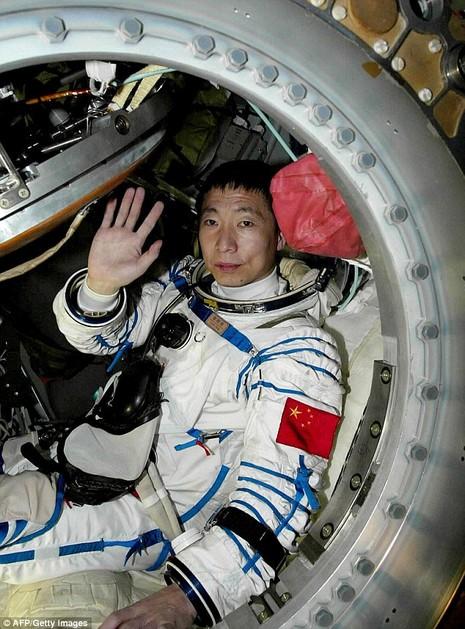 Phi hành gia Trung Quốc Yang Liwei