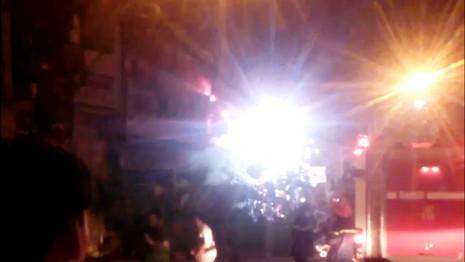 Tiệm nước đá ở trung tâm Sài Gòn cháy nổ như pháo hoa - ảnh 1
