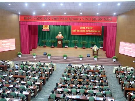 Sáng ngày 28-6, Bộ Công an tổ chức Hội nghị sơ kết công tác công an 6 tháng đầu năm 2016 tại TP.HCM