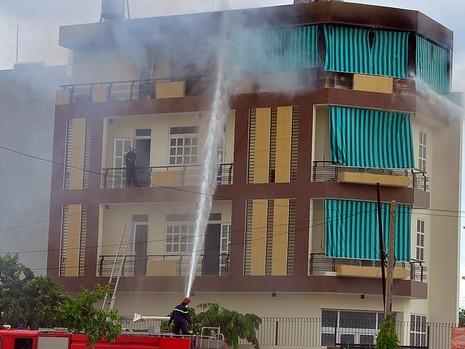 Căn nhà vắng chủ tại huyện Bình Chánh phát hỏa trưa ngày 28-7