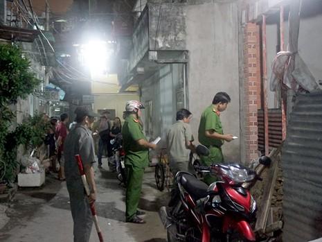 Nam công nhân nghi bị điện giật tử vong trong căn nhà đang xây dở ở phường 15, quận Bình Thạnh.
