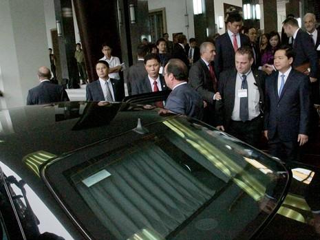 Tổng thống Pháp kết thúc 1 ngày thăm và làm việc tại TP.HCM - ảnh 20
