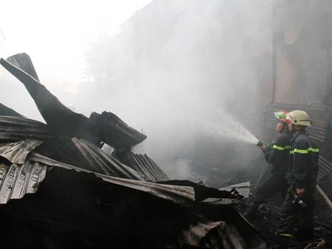 Nam thanh niên chết thảm trong căn nhà cháy - ảnh 2