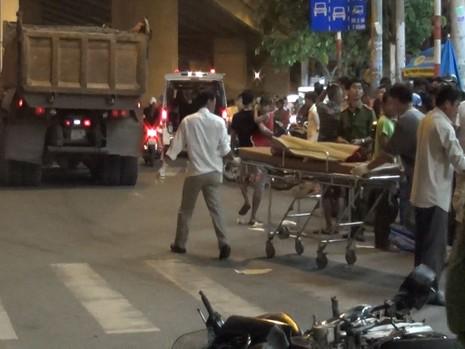 Bé 3 tuổi chết thảm trong vụ tai nạn ở Sài Gòn - ảnh 1