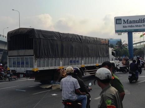 Cô gái trẻ bị xe tải đụng chết ở ngã tư Vũng Tàu - ảnh 1