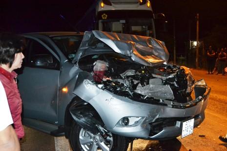 Đua xe trên quốc lộ, một người tử vong, ba xe hơi bị 'vạ lây' - ảnh 1