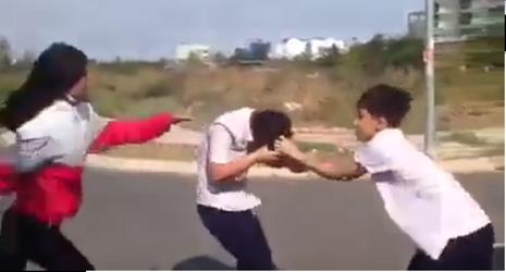 Xác minh clip học sinh bị đánh, giật tóc - ảnh 1