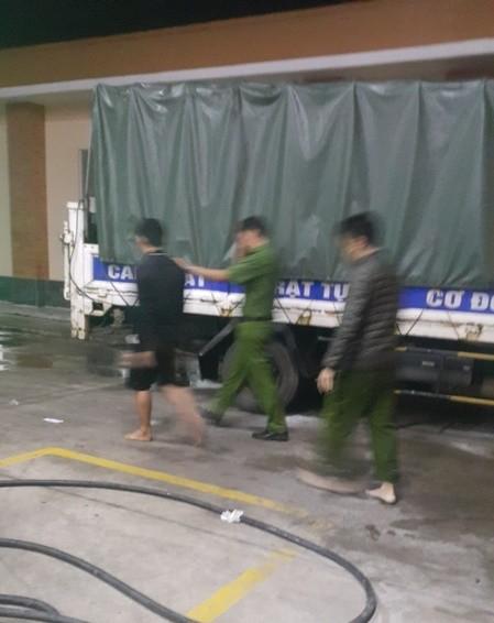 Gần 600 học viên cai nghiện phá trại trốn ra ngoài - ảnh 6