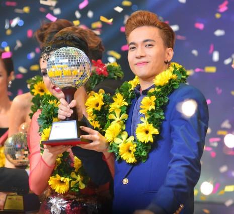 ST trở thành Nam vương đầu tiên của Bước nhảy hoàn vũ - ảnh 2