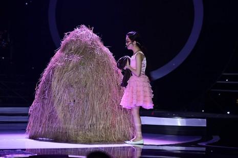 Hòa Minzy bị loại khỏi top 4 'Gương mặt thân quen 2016' - ảnh 6