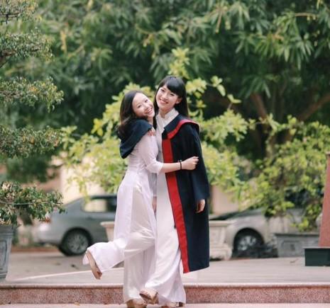 Nữ sinh Nghệ An 'nói 7 thứ tiếng' được 25,53 điểm thi đại học - ảnh 2