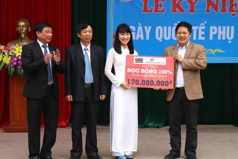 Trần Khánh Vy từng nhận học bổng 100% của trường Đại học FPT.