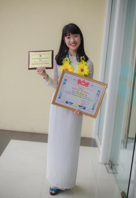 Nữ sinh '7 thứ tiếng' sẽ theo học Học viện Ngoại giao Hà Nội - ảnh 1