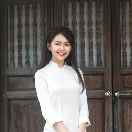 Nữ sinh Quốc học Vinh cực xinh trong tà áo trắng - ảnh 1