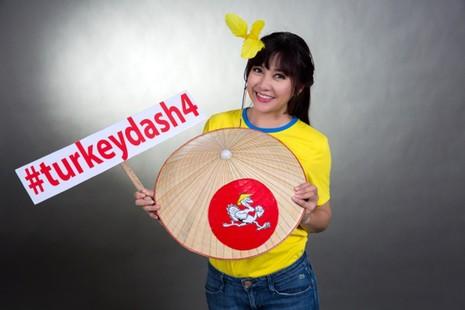 Đông đảo nghệ sĩ chụp ảnh quảng bá Turkey Dash 4 - ảnh 11