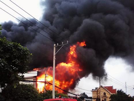 Vụ cháy nhà ở quận 9: Lẽ ra 2 nạn nhân đã không chết! - ảnh 1