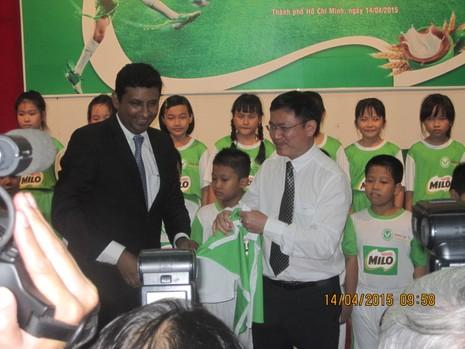 Nestle tiếp tục đồng hành cùng bóng đá học đường - ảnh 2