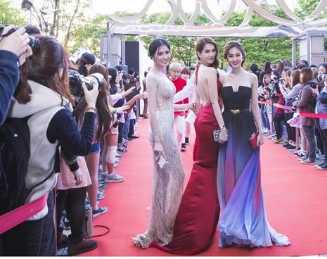 Ngọc Trinh nhận danh hiệu 'Nữ hoàng bikini châu Á' - ảnh 1