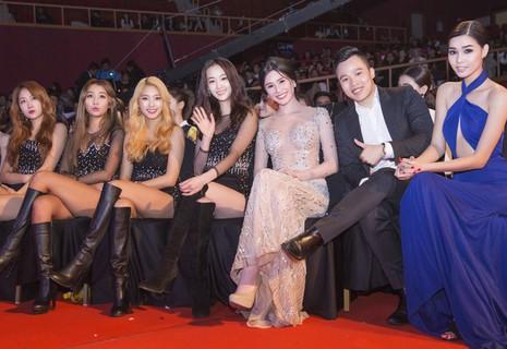 Ngọc Trinh nhận danh hiệu 'Nữ hoàng bikini châu Á' - ảnh 7