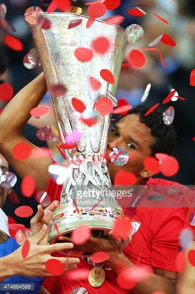 """Sevilla 3-2 Dnipro: Chiến thắng xứng đáng cho """"nhà vua"""" - ảnh 5"""