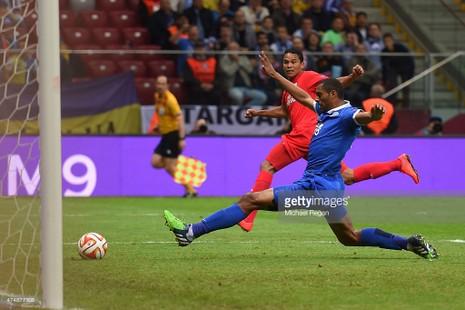 """Sevilla 3-2 Dnipro: Chiến thắng xứng đáng cho """"nhà vua"""" - ảnh 4"""