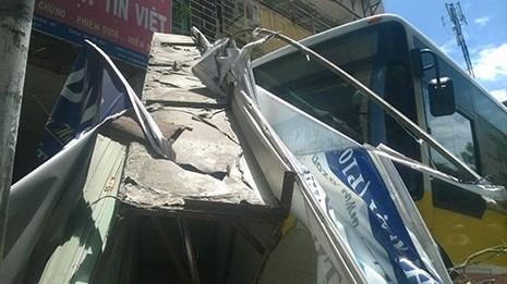 Tài xế xe buýt ngủ gật gây tai nạn ? - ảnh 4