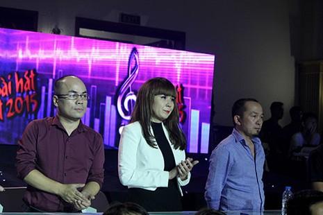 Hồ Quỳnh Hương nghẹn ngào hát tưởng nhớ nhạc sĩ An Thuyên - ảnh 1