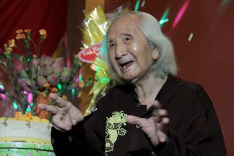 Nhạc sư Vĩnh Bảo đờn xuất thần trong đêm mừng thọ 98 tuổi - ảnh 13
